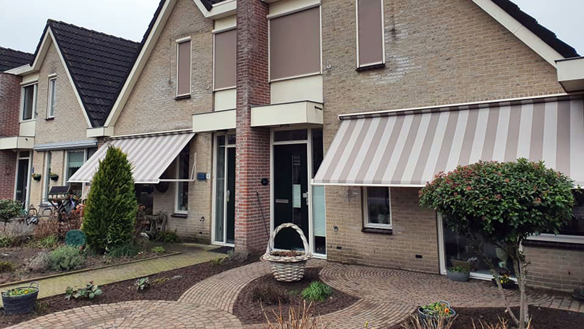 Zonwering - Zonnescherm - Groenevelt Zonwering & Raamdecoratie