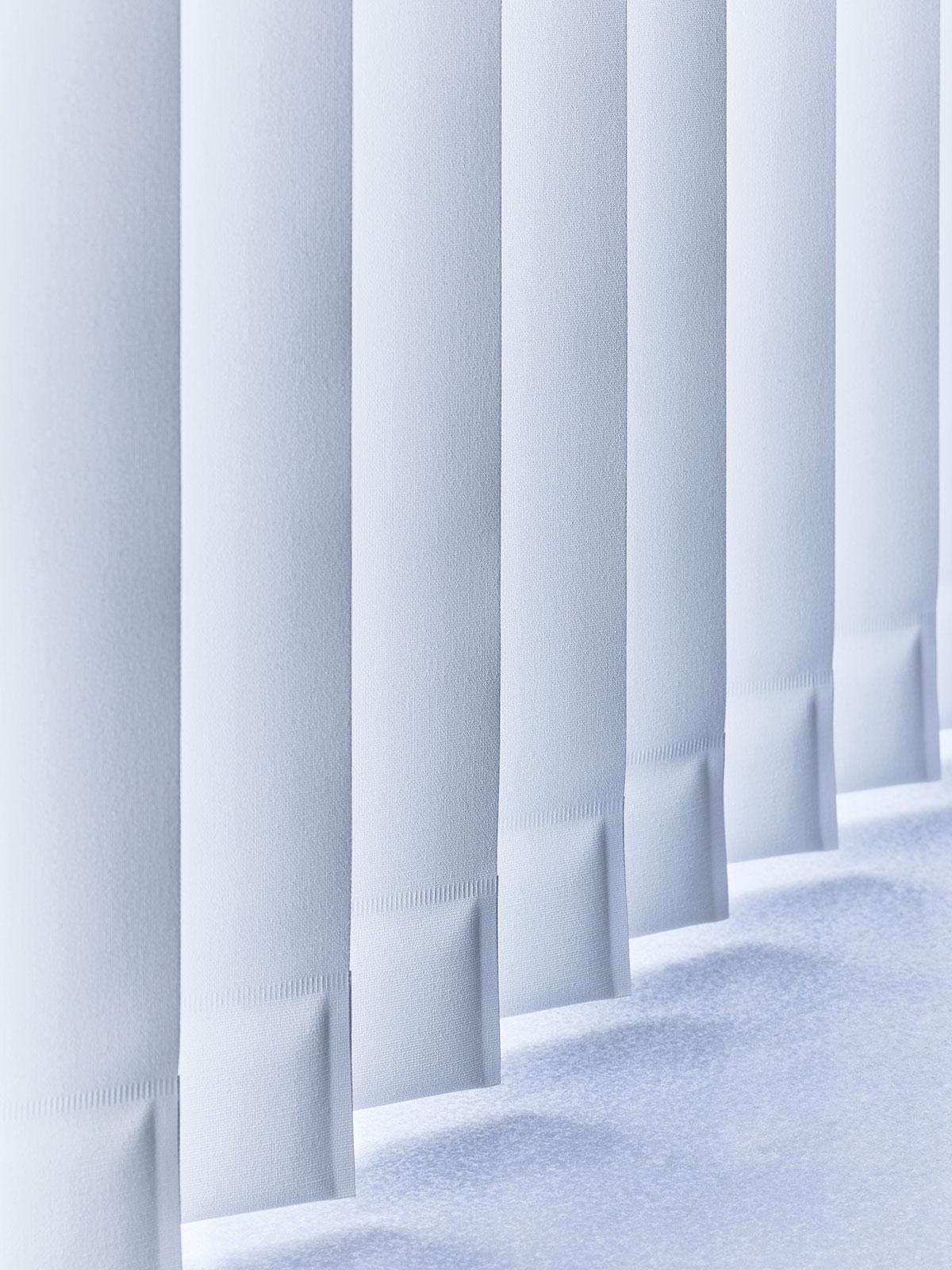 Raamdecoratie - Verticale Jaloezieen - Groenevelt Zonwering & Raamdecoratie
