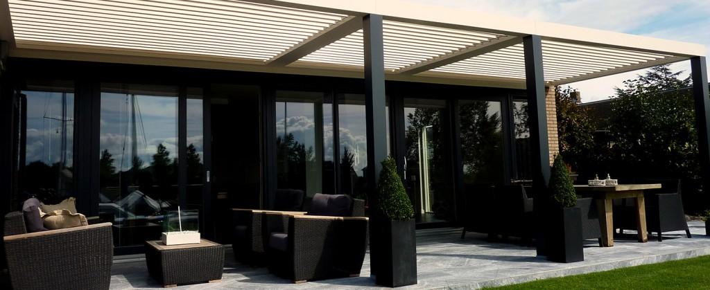 Loca-4-Seizoen-Overkapping | Groenevelt Zonwering & Raamdecoratie.